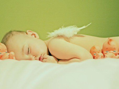 baby-background-1024x768-1006042