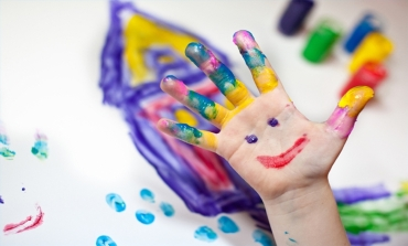 make-childs-art-table-800x800