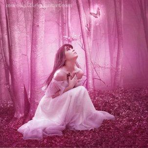 ___i_feel_the_light____by_moroka323-d2xjduy