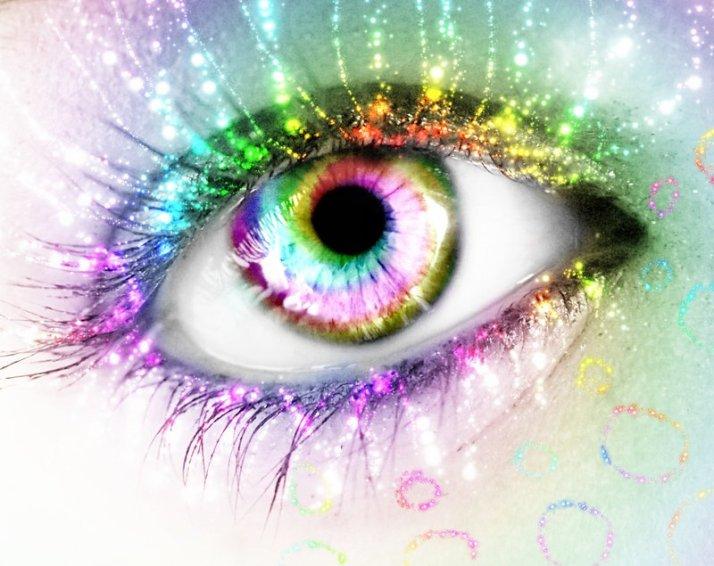 ___rainbow_eye____by_kizuna_chan-d34i9hv